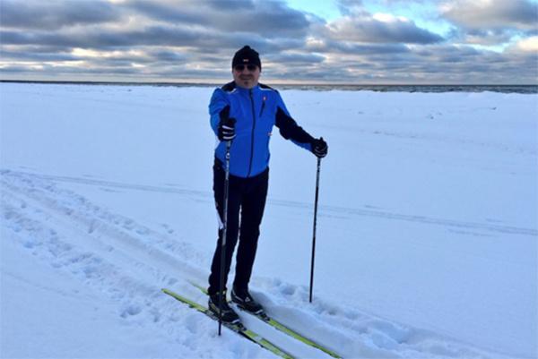 У Игоря Николаева первый взрослый разряд по беговым лыжам