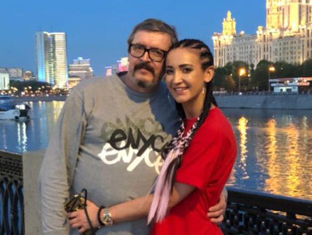 Игорь Дмитриевич очень переживает за дочь