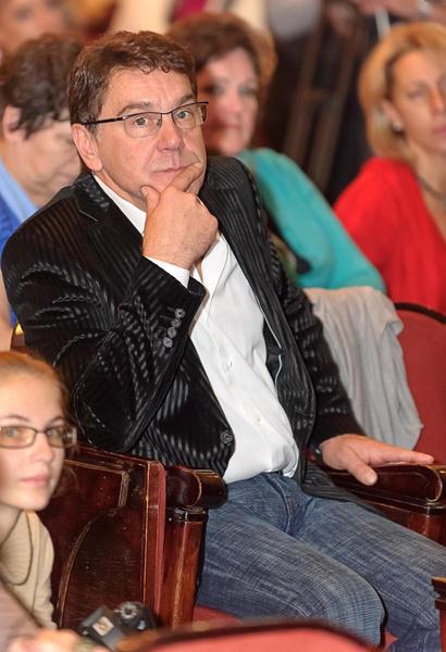 Маковецкий строил карьеру актера в Москве, а его мама жила в Киеве