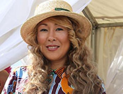 Анита Цой отпраздновала серебряную свадьбу