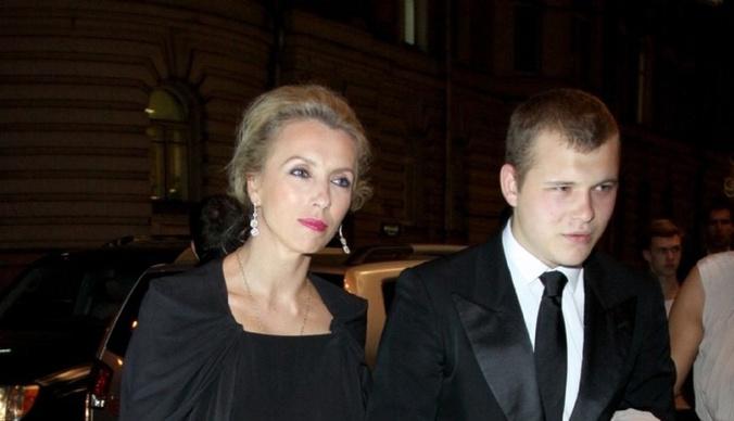 Сын Светланы Бондарчук пришел на ее свадьбу с новой девушкой