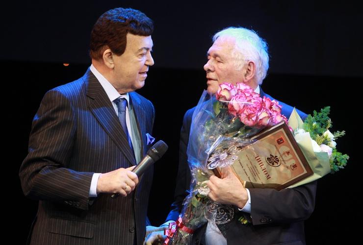Иосиф Кобзон и Леонид Рошаль были награждены Орденом Мужества за участие в переговорах во время теракта