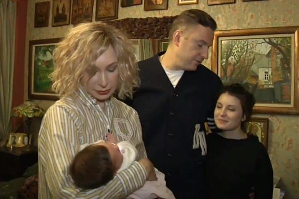Сейчас Татьяна Васильева, ее сын и невестка счастливы воспитывать маленькую Мирру
