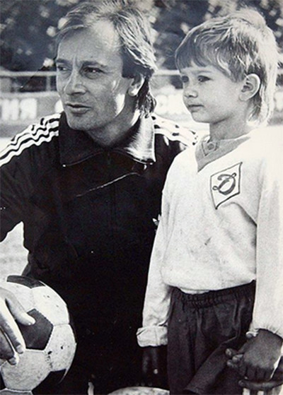 Отец вдохновил Дмитрия Сычева стать футболистом