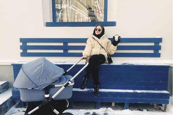 Мельникова ведет блог о материнстве