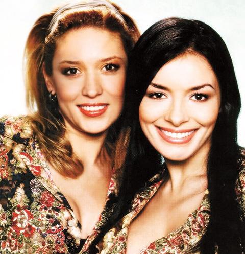 Солистки группы «ВИА Гра» Алена Винницкая и Надя Грановская стали первыми секс-символами 2000-х годов