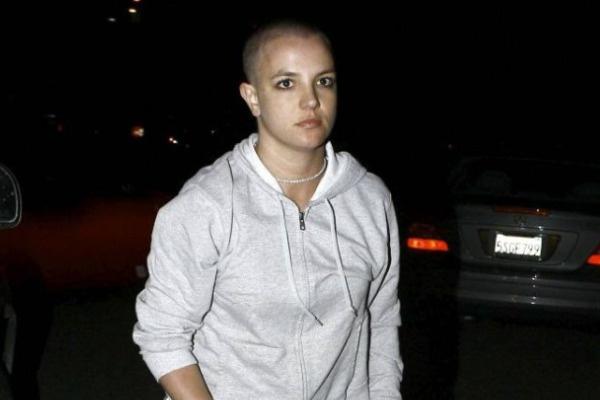 В 2007-ом у Спирс начались серьезные проблемы с алкоголем