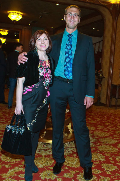В 2008 году Роза Сябитова вышла замуж за участника передачи «Давай поженимся» Юрия Андреева