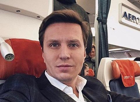 Звездный ведущий Александр Белов впервые станет отцом