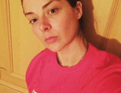 Марина Александрова поразила поклонников фото без макияжа