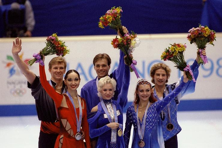 Вместе с Гвендалем Марина завоевала бронзовую медаль в Нагано и золото в Солт-Лейк-Сити