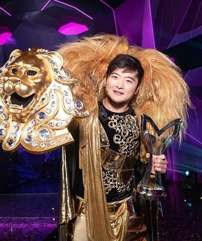 Анатолий произвел фурор в образе Льва
