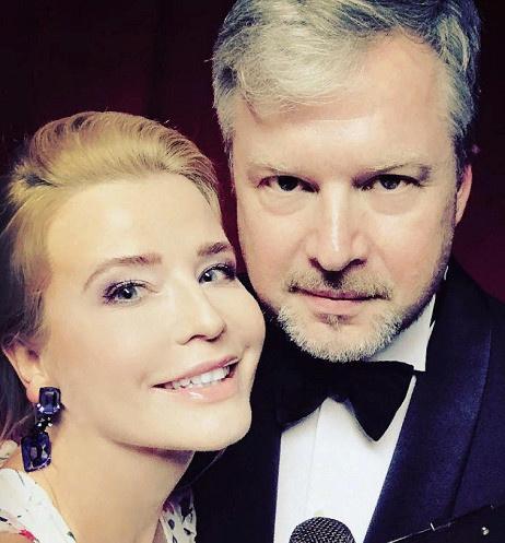 Ведущие знаменитого шоу Татьяна Арно и Валдис Пельш