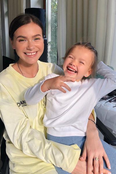 У Елены Темниковой подрастает дочь Александра