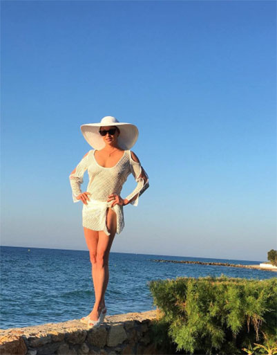В Греции Анастасия делает только то, что ей хочется