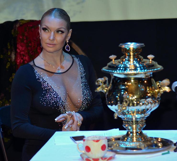 Анастасия Волочкова до сих пор с теплотой вспоминает о бывшем избраннике
