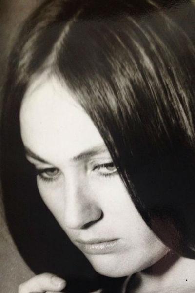 Лариса опубликовала фото из своей молодости