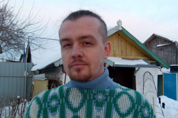 Роман признается, что в Москве вел разгульный образ жизни