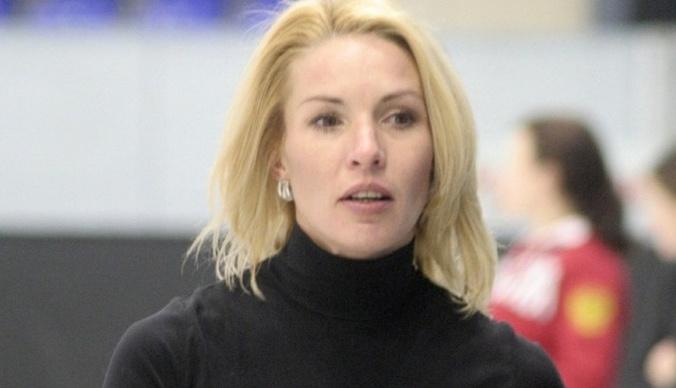Ирина Лобачева разводится с молодым мужем после выкидыша и избиений