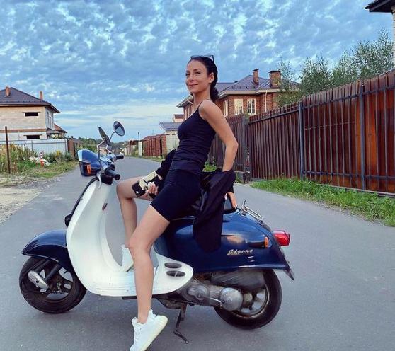 Зепюр стала партнершей Павла по сериалу «В клетке»