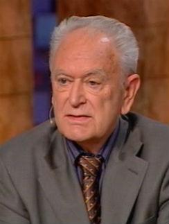 Эксперт: Юрий Иосифович Полищук, врач-психиатр, профессор, доктор медицинских наук