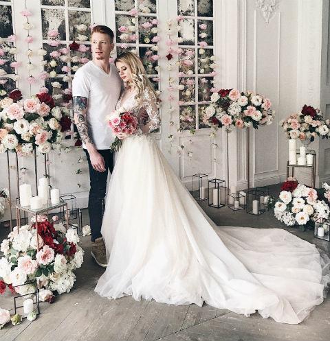 Влюбленные пригласили на свадьбу только близких людей