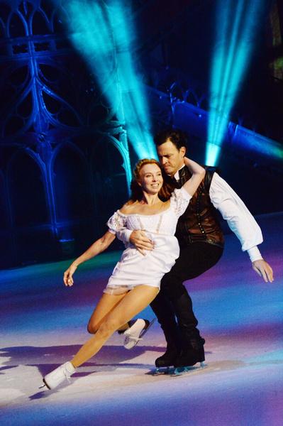 После ухода из большого спорта Татьяна Тотьмянина и Максим Маринин продолжили выступать вместе в шоу