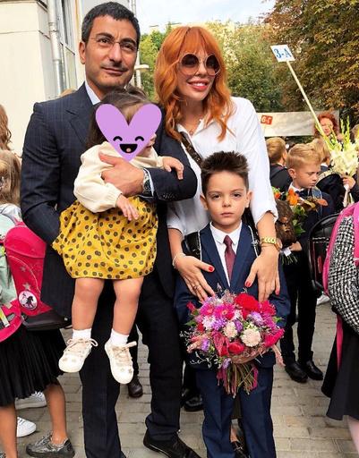 Анастасия Стоцкая с семьей