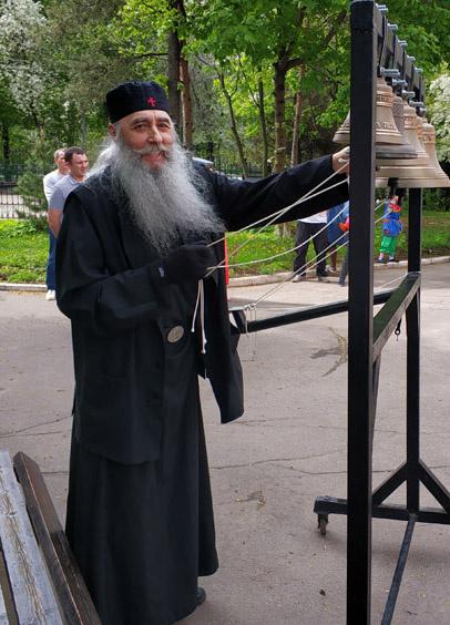 Несколько лет назад Михаил оставил мирскую суету и стал монахом