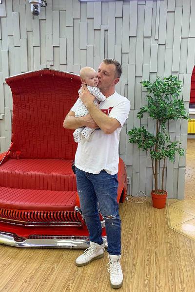 Илья с сыном Богданом