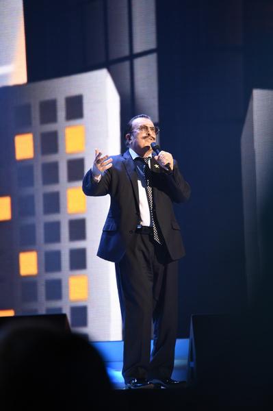 Вилли Токарев является одним из самых известных исполнителей в жанре русский шансон