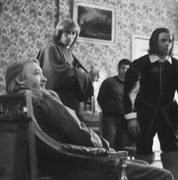 Из-за флюса Виктора Авилова снимали в полумраке