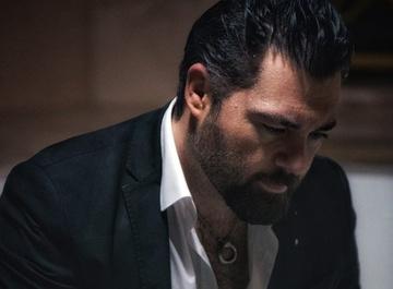 Алексей Чумаков выпустил ремейк на песню Валерия Меладзе «Я не могу без тебя»