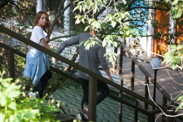 Иван Чуйков не отпускал от себя девушку ни на шаг