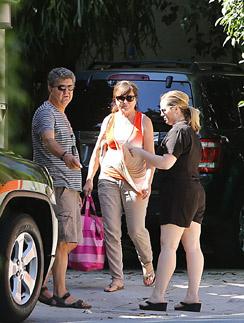 Родители и сестра Райана Гослинга приехали в гости к Еве Мендес