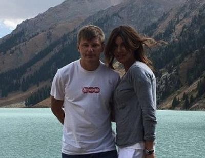 Поклонник подарил экс-супруге Андрея Аршавина кольцо с бриллиантами