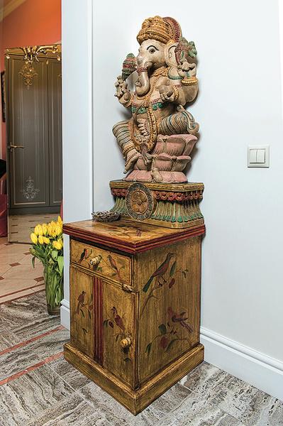 Стиль: Индийское божество в квартире Семенович и «деревенский стиль» Барановской: интерьеры звездных домов – фото №13