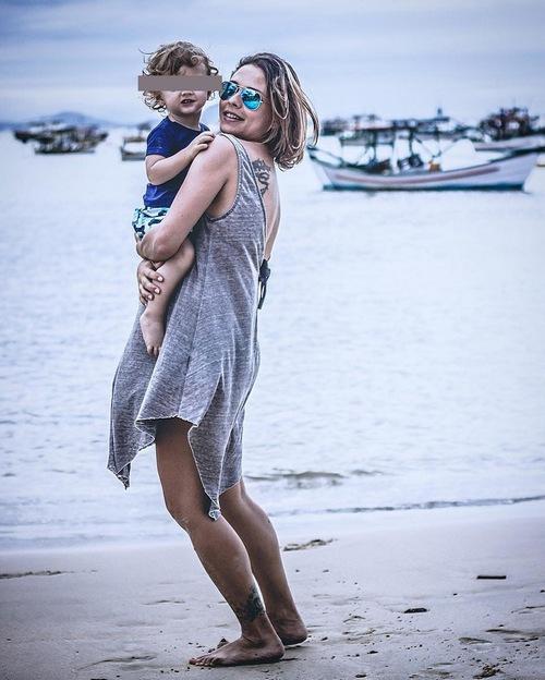Дарья Ермолаева с сыном Бруно