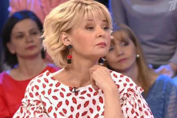 Юлия Меньшова после слов Галкина попыталась быстро сменить тему