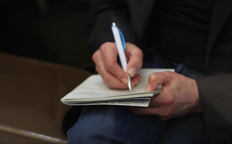 «Пишет сценарий»: стало известно, чем Михаил Ефремов увлекся в СИЗО