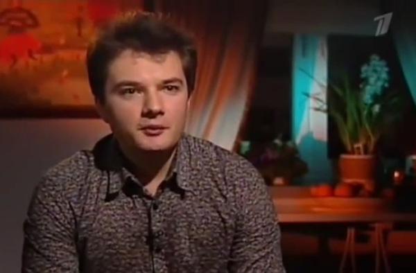 Иван Гудков часто навещает родителей
