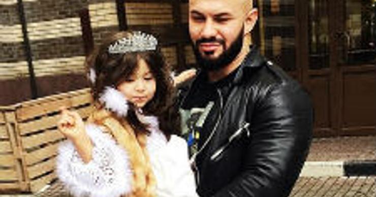 Дочь Джигана стала настоящей Снежной Королевой