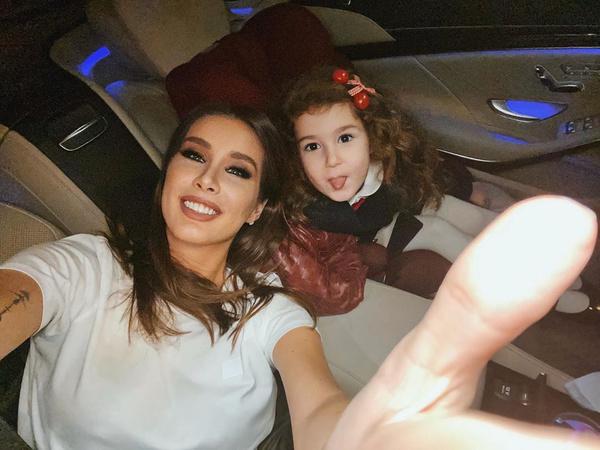 Кети с дочерью Оливией