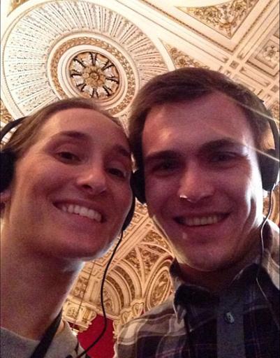 Настя и Гриша на экскурсии в Букингемском дворце