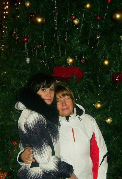 Алена Медянцева продолжает дело погибшей матери