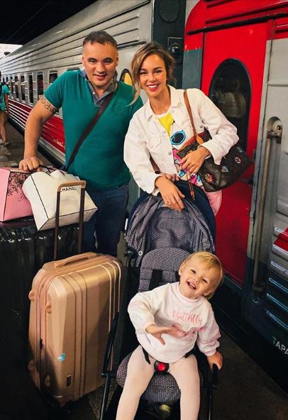Анастасия с мужем пока не торопятся со вторым ребенком