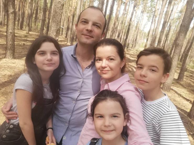 Маричка Падалка с семьей