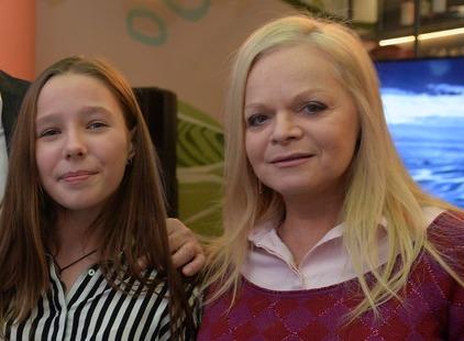 Лариса Долина станцевала на дне рождения дочери Юлии Началовой