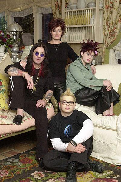 Оззи и Шэрон с двумя из троих своих детей