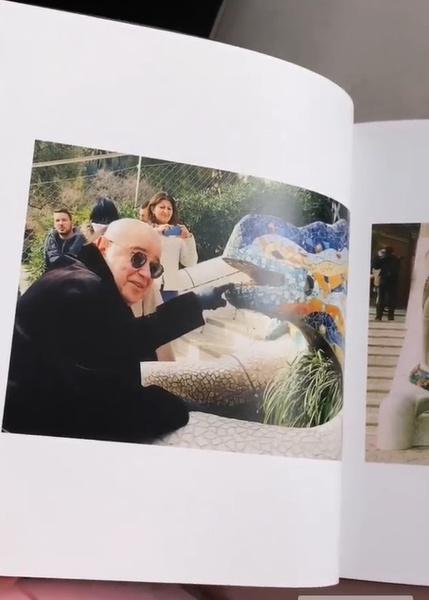Супруга юмориста поместила в альбом свои любимые снимки